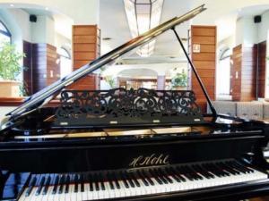 American Bar Forever_pianoforte