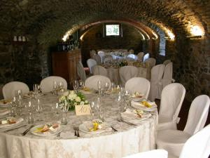 Tavolo per cerimonie