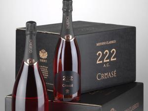 Composizione bottiglie Cruasè