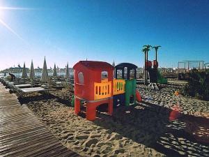 Giochi per bambini in spiaggia