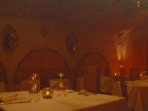 Tavolo pronto per gli ospiti