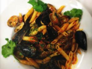 Penne cozze e vongole alla napoletana