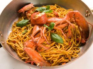 Spaghetti alla chitarra al grillo di mare