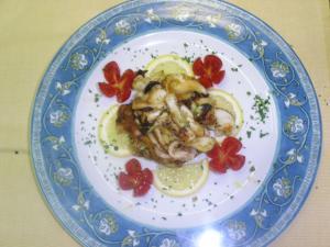 Calamaretti al pan grattato con zucchine