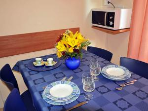 Tavolo e accessori