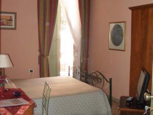 Camera matrimoniale con balconi
