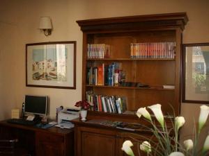 Sala lettura e internet point