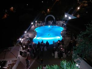 La piscina di sera