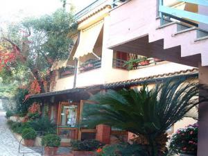 Hotel Ristorante Da Carmelo