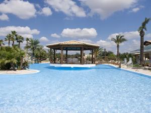 Albaro Resort