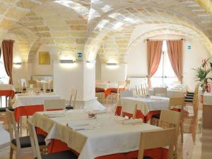 Tavoli sala ristorante