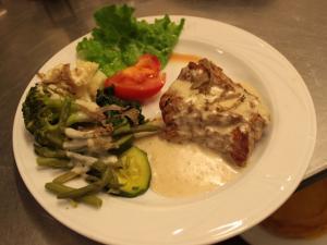 Filetto di maiale con crema tartufata