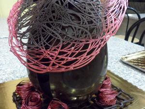 Cappello primavera al cioccolato fondente
